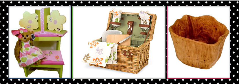A teddy with a picnic basket and a wooden basket